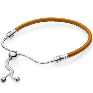 📍NEW Pandora Sliding Tan Leather Bracelet